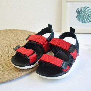 Спортивные сандалии на липучках для мальчиков SHEIN. Цвет: многоцветный