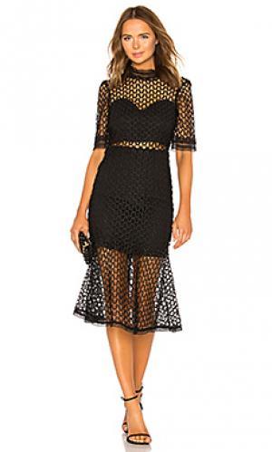 Платье fiona Bardot. Цвет: черный