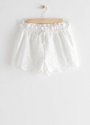 Детские шорты на кулиске с зубчатой отделкой &Other Stories. Цвет: белый