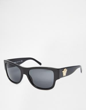 Солнцезащитные очки в квадратной оправе Versace. Цвет: черный