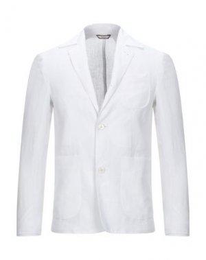Пиджак RODA. Цвет: белый