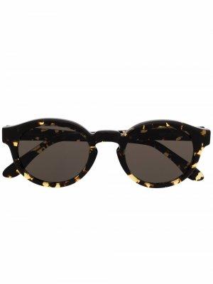 Солнцезащитные очки черепаховой расцветки Han Kjøbenhavn. Цвет: желтый