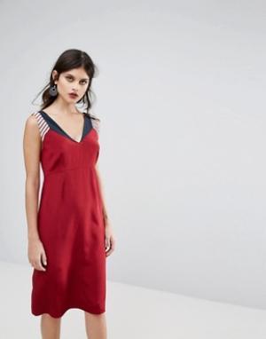 Платье-трапеция в стиле колор блок Jaeger. Цвет: красный