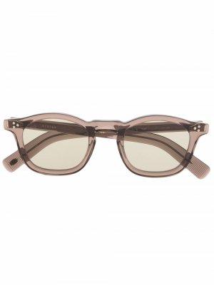 Солнцезащитные очки трапециевидной формы Eyevan7285. Цвет: коричневый