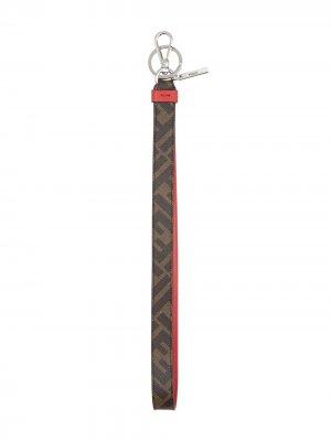 Брелок с логотипом FF Fendi. Цвет: коричневый