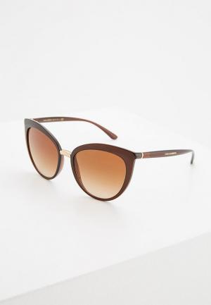 Очки солнцезащитные Dolce&Gabbana DG6113 315913. Цвет: коричневый