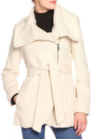 Пальто Jessica Simpson. Цвет: белый