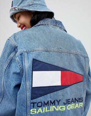Джинсовая куртка с логотипом на спине 90s Capsule 5.0 Tommy Jeans. Цвет: синий