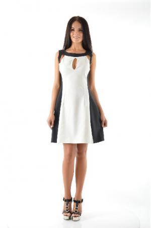 Платье CLIPS. Цвет: белый