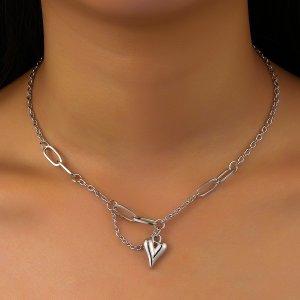 Ожерелье с сердечком SHEIN. Цвет: серебряные