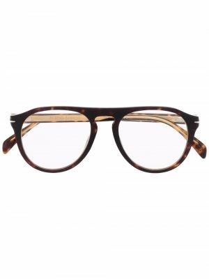 Солнцезащитные очки-авиаторы с затемненными линзами Eyewear by David Beckham. Цвет: коричневый