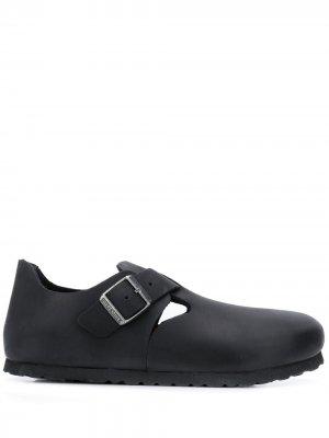 Туфли London с пряжкой Birkenstock. Цвет: черный